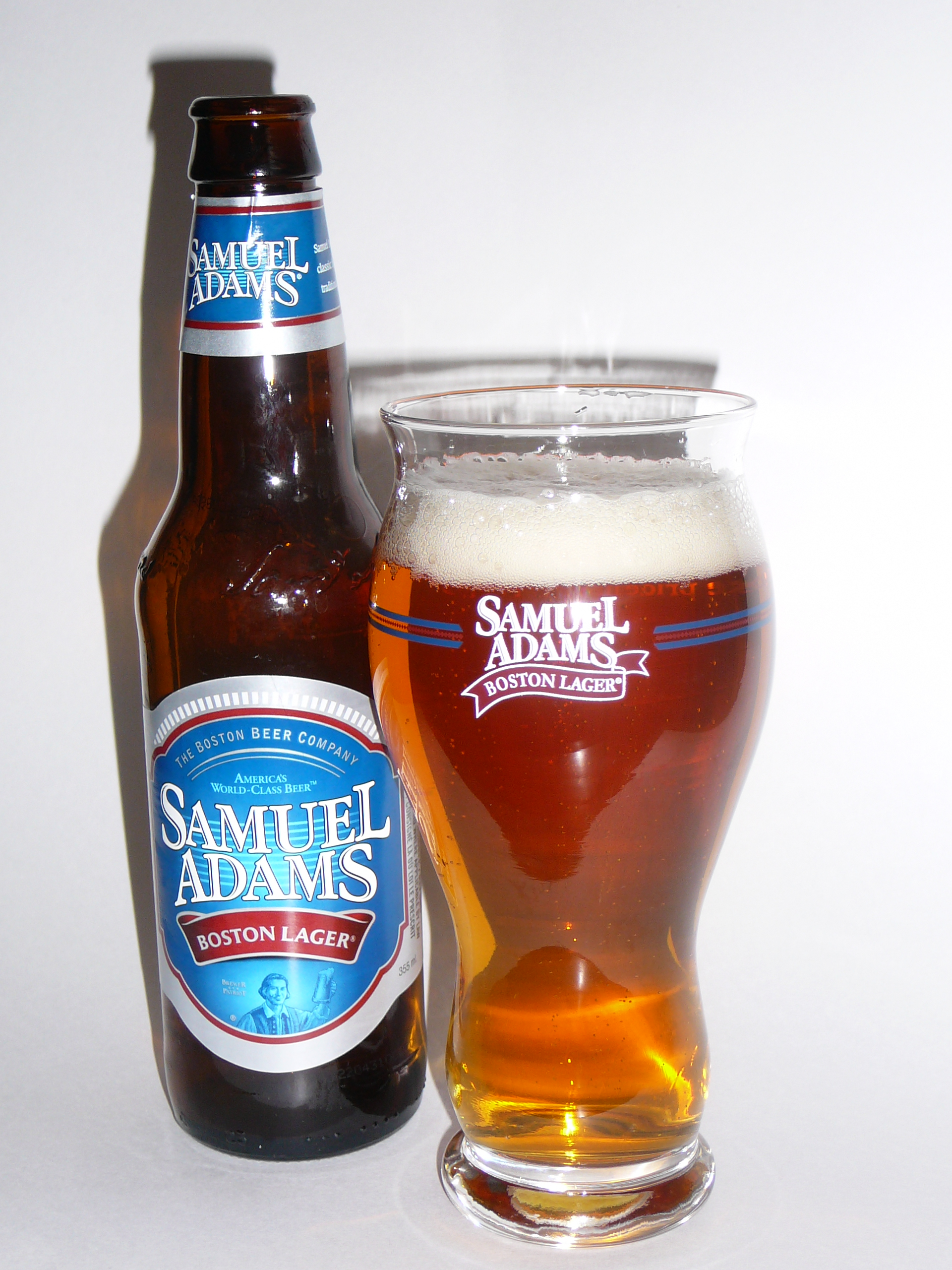 Testing the Sam Adams GlassSamuel Adams Beer Glass